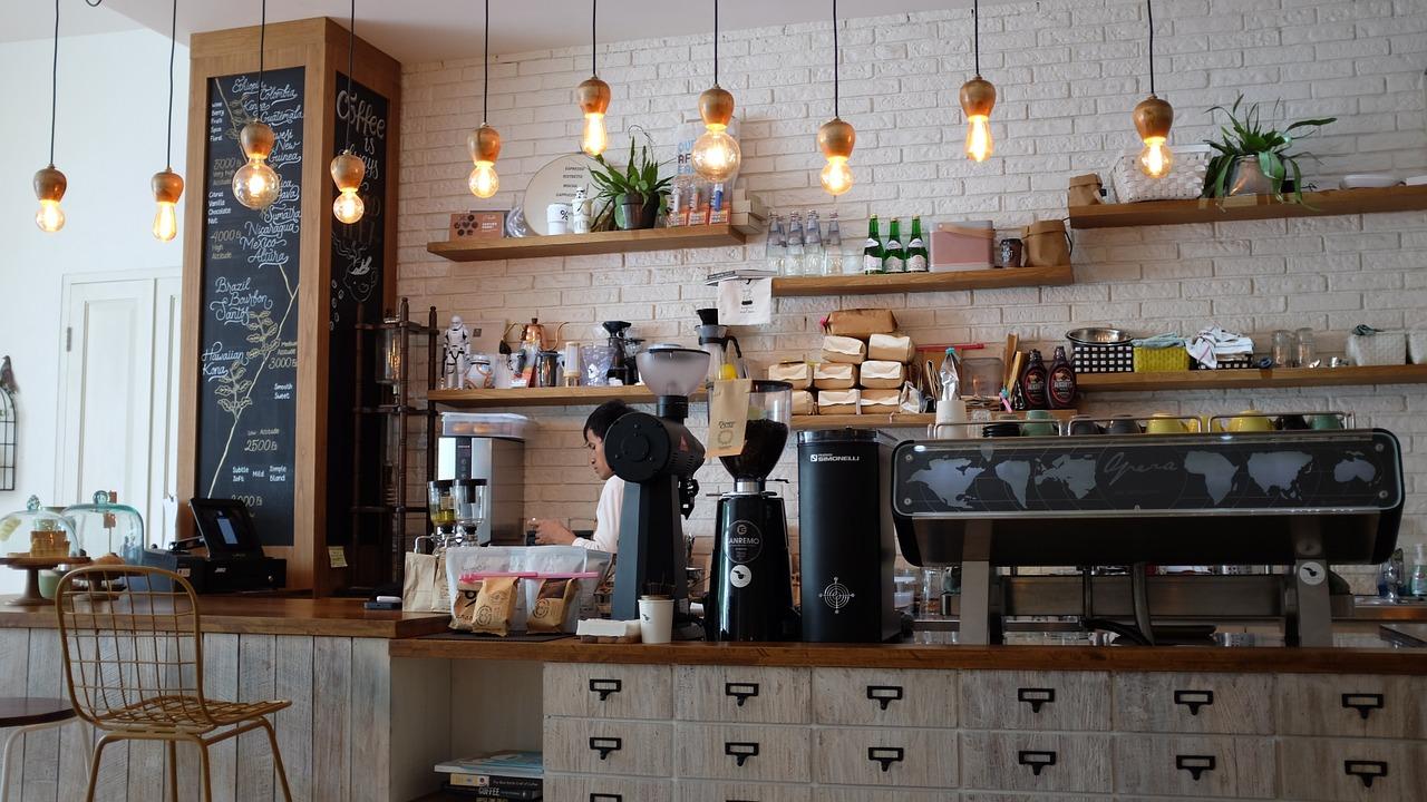 Udforsk nye restauranter og caféer