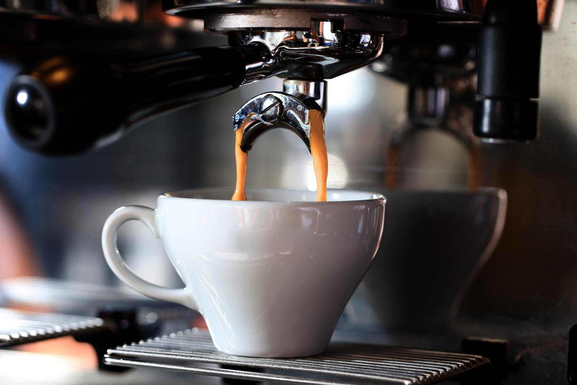 Fuldautomatisk Espressomaskine – Sådan finder du den rigtige for dig